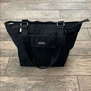 Black Baggallini Large Tote